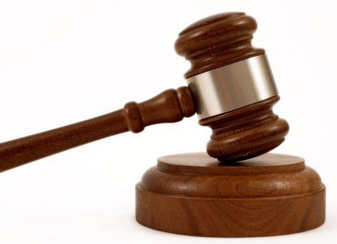 What Is The Name of the Hammer a Judge Uses in Court? - Hosbeg.com
