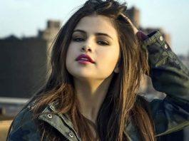 Did Selena Gomez Go To College