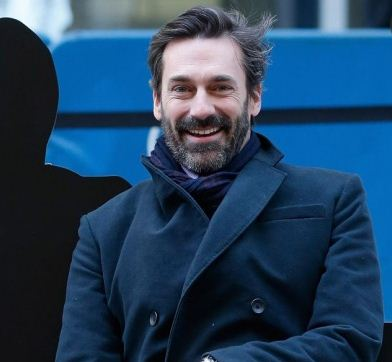 Actor Jon Hamm has revealed that he went to rehab for alcoholism .