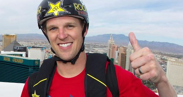 MTV extreme sports star Erik Roner died at the age of 39 on Monday, September 28, 2015.
