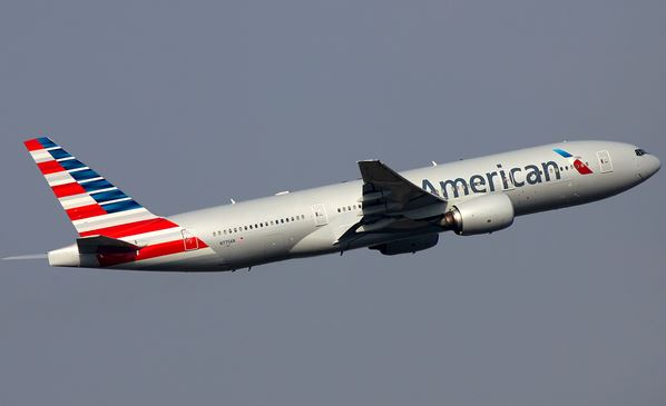 American Airlines pilot dies on flight from Phoenix to Boston.
