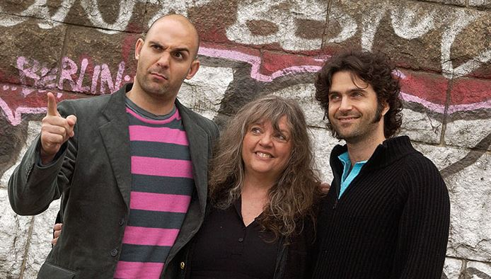 Gail Zappa and her children Ahmet Zappa and Dweezil Zappa in 2005.