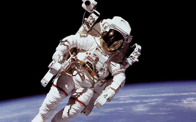 10 Facts About Space Suits That You Should Know