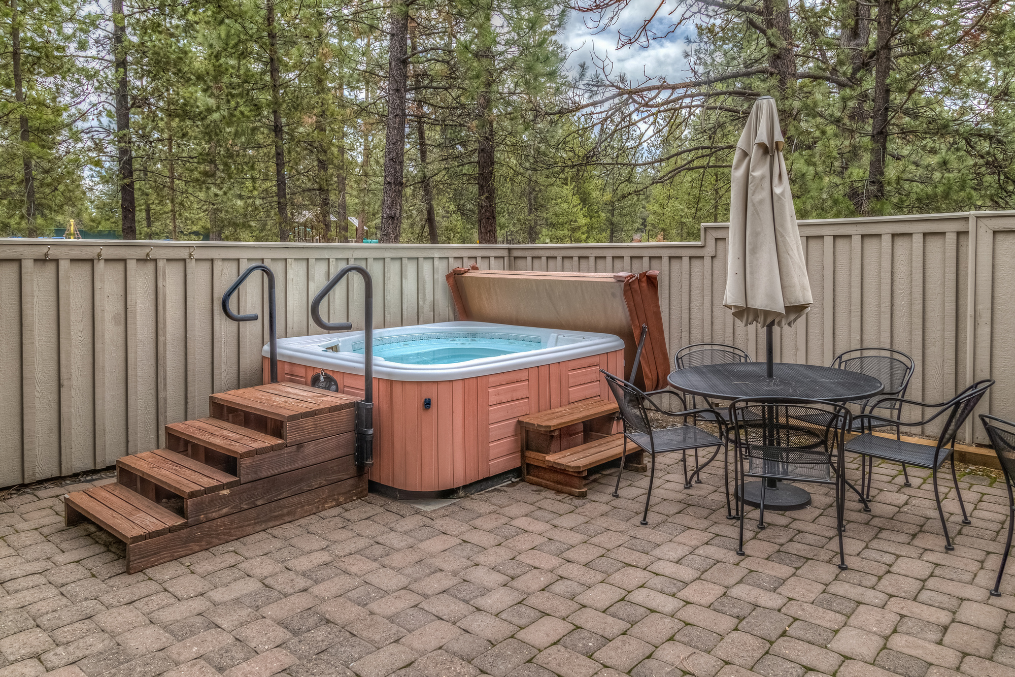 5 Tips For Servicing Your Hot Tub - Hosbeg.com