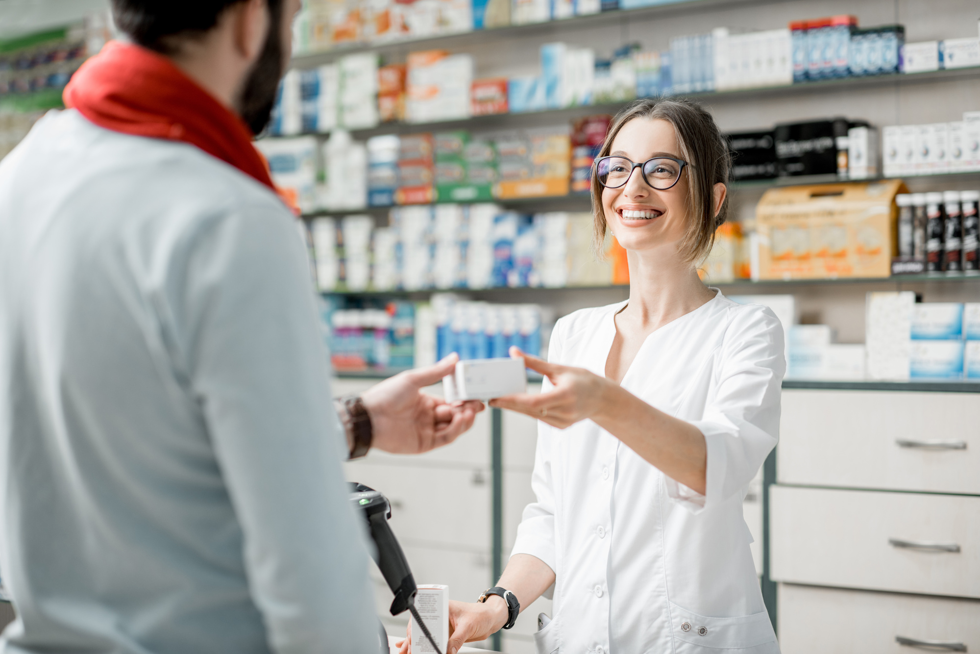 do you have what it takes to be a pharmacist? here's a guide